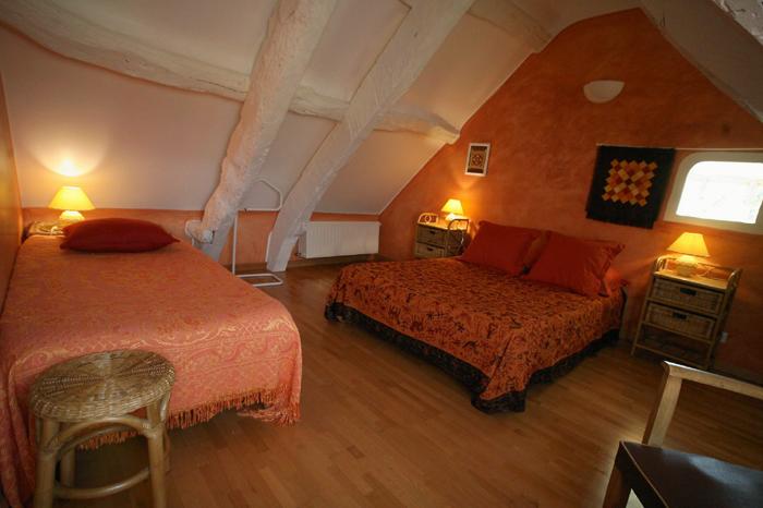 Chambres d 39 h tes la hulotte imagier - Chambre d hotes orange ...